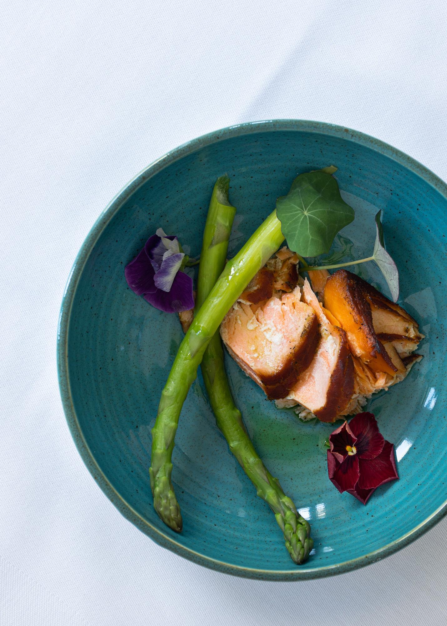 Lækker og inspirerende menu på Gyrstinge Skovkro på Midtsæjllland nd